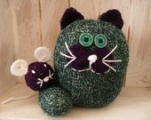 Knitted cat and mouse green and purple