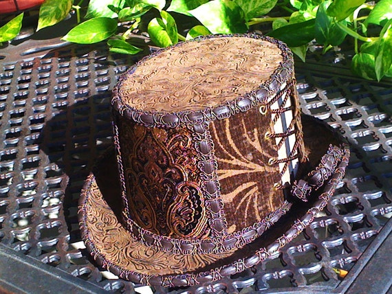 The Western Sideshow Steampunk Corset Top Hat