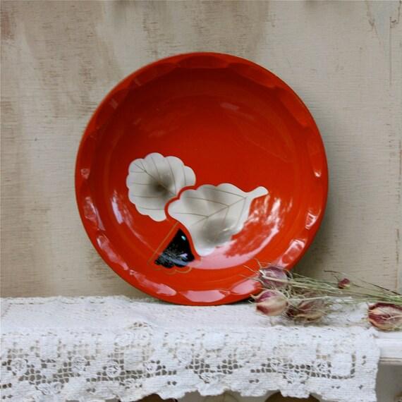 S.A.L.E. 15 % off: Vintage Japanese red serving bowl enamel floral design