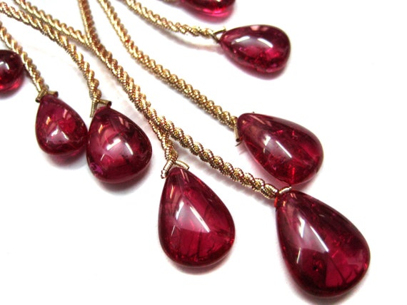 Full Strand of Ruby Quartz Briolette Beads , smooth polished , fine gemstone tear drop beads , 5 matching pairs and 1 focal pendant ,
