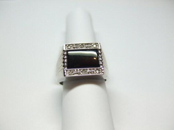 14k White Gold Men's Ring W/ Onyx Stone & Diamond