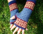 Hand Knit Heart Fingerless Mittens