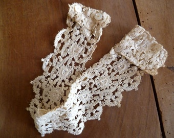 French Victorian Lace Rigid Collar With Boning Costume Accesory
