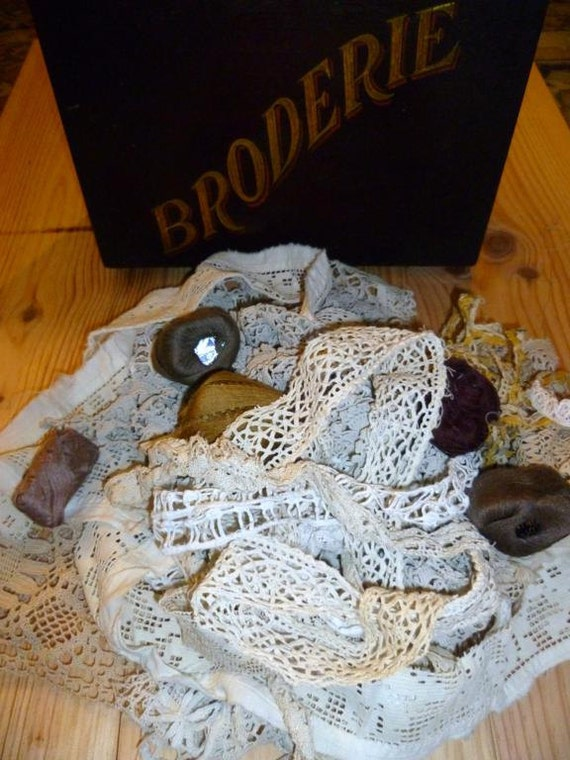 Vintage Lace Scraps Handmade Victorian and Edwardian Remnants For Upcycling Lot 1L