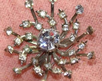 Striking Vintage Sparkling Clear Rhinestone Starburst Brooch