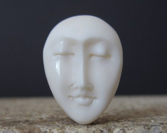 Oval Face Closed Eye Cabochon, Embellishment, Carved Bone, Jewelry making Supplies S1151