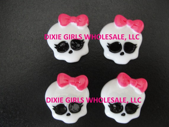Monster High-  Flat Back Resins - Cabachons - Bow Centers - 12 Pieces
