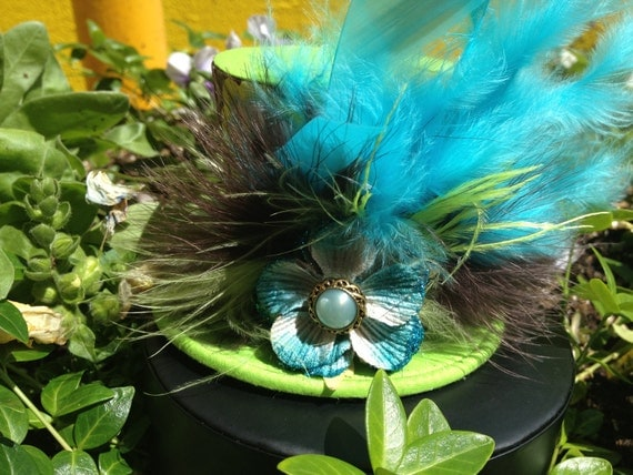 Cute Turquoise and Green Flower Print Mini Top Hat.  Great for Birthday Parties, Tea Parties, Photo Prop and Much More...