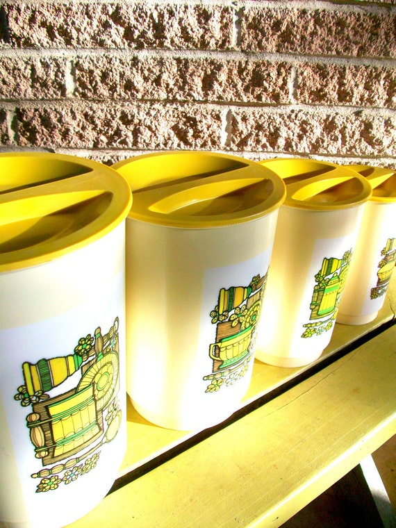 Kitchen Canister Set Yellow Cream Tan Set of 4 Kitchen Kitsch Kitschy