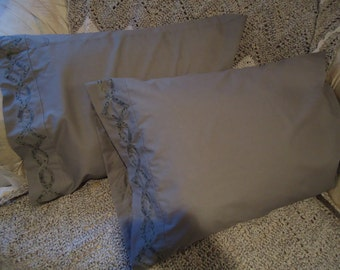Standard Pillowcase Set - Appliqued Knotwork