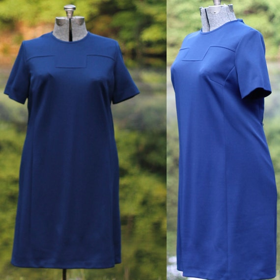 Reserved for Kimberly 1960s Plus Size Shift Dress with Key Detail XXL