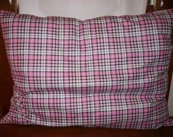 Pink Plaid Dog Bed