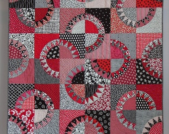 Red & Black Licorice wall quilt