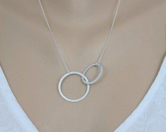 146- Eternity- Sterling Silver circle and oval link necklace