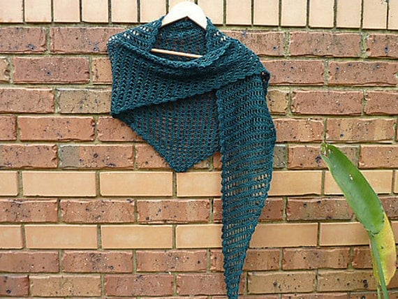 Songbird Shawl/Shawlette - PDF crochet pattern only. Pattern is written in standard American terms