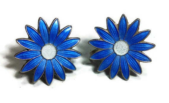 Classic Aksel Holmsen cobalt blue enamel daisy stud earrings set in sterling with white center