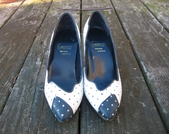 Vintage Fresco by Pierre Cap-Toe Navy and White Polka Dotted Leather Pumps under 30