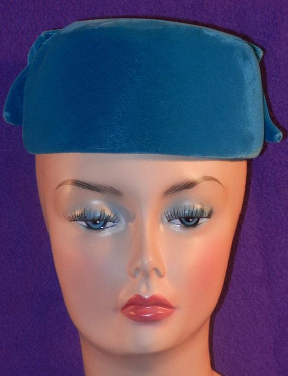 Vintage Aqua Blue Velvet cap with Bow