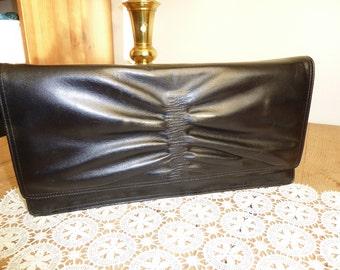 Black vintage leather hand bag