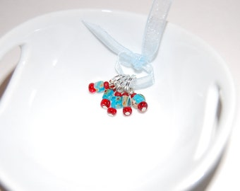 Blue and Red Stitch Markers