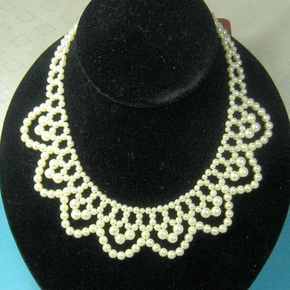 Sale Vintage Faux Pearl Collar Necklace