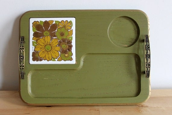 Georges Briard Cheese Tray - Vintage 60s Avocado Serving Platter with Gold Retro Floral Tile and Olive Container