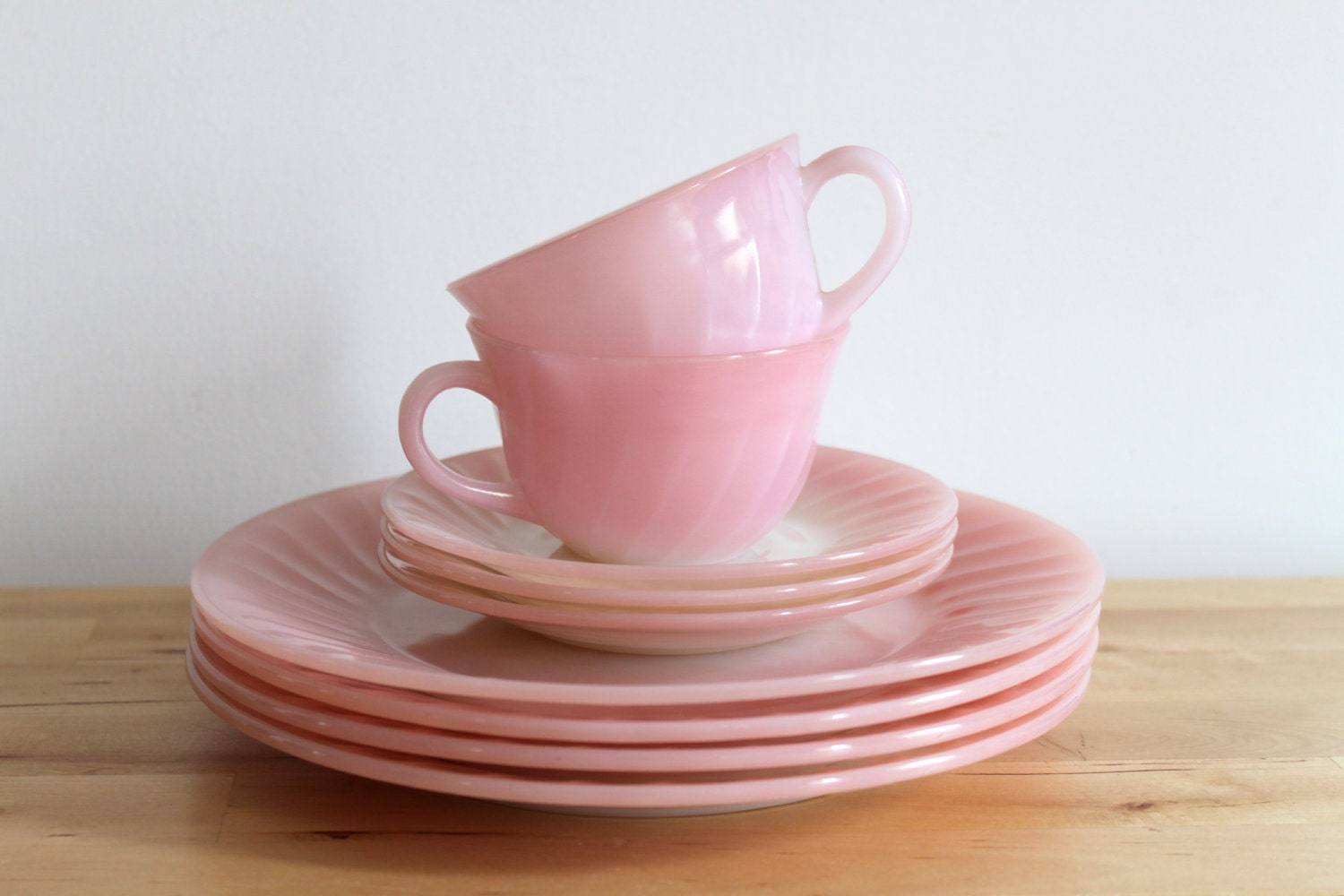 fire king pink swirl dishes vintage pastel pink plate cup. Black Bedroom Furniture Sets. Home Design Ideas