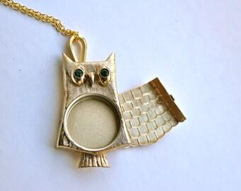 Owl Keepsake Locket // Vintage Owl Perfume Locket