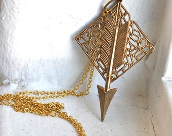 Arrow Necklace - Geometric Necklace // on 16kt gold plated chain
