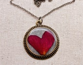 pressed flower necklace rose heart cute out in resin jewelry circle filigree edge in bronze real natural nature botanical