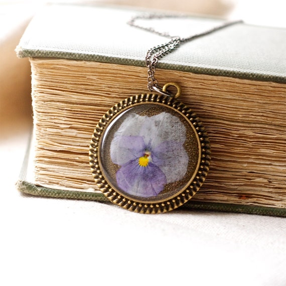 pressed flower necklace purple lavender pansy in resin jewelry circle filigree edge in bronze real natural nature botanical