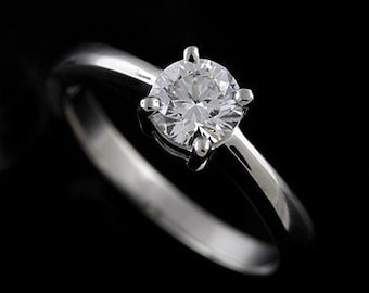 0.80Ct Round Diamond  Solitare Engagement Ring 18K White Gold