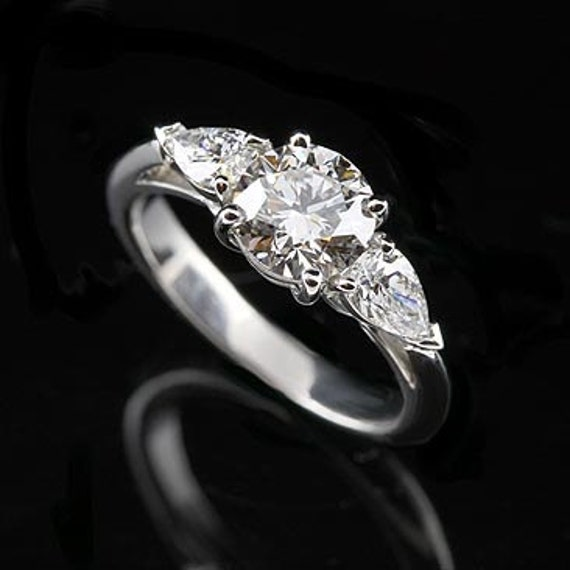 Platinum Diamond with Pear Shape Side Stones Engagement Ring Mounting