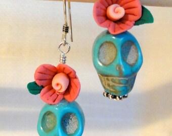 Dia de los Muertos Earrings - Turquoise Skull w/ Pink Flower