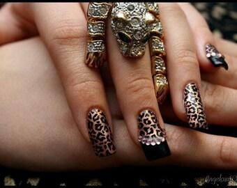 Leopard Print Bling Artificial Nail Art