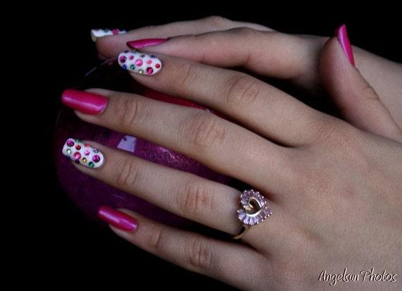Tutti Frutti Sparkle Artificial Nail Art