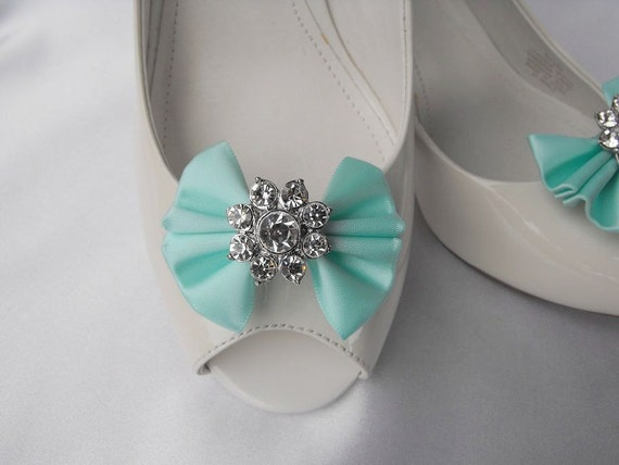 Handmade bow shoe clips with rhinestone center bridal shoe clips wedding accessories in aqua blue