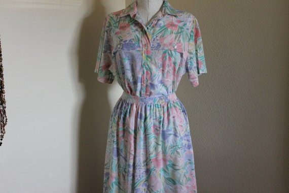 Vintage Two Piece Pastel Floral Full Skirt and Shirt Size 14 by Alfred Dunner