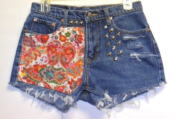 Hippie Paisley Print Denim Shorts with Studs   Waist  29 inches