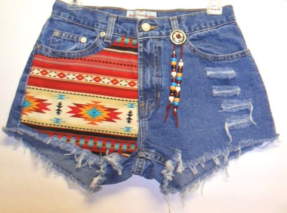 Mid Rise  Denim Shorts Southwestern with Beads Sz 4