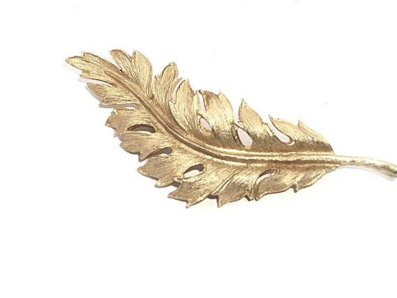 Vintage Coro Leaf Brooch Matte Textured Goldtone Classic Design