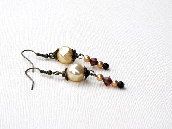 Baroque Pearl, Swarovski Crystal and Pearl Accent Earrings Hook Earrings Cream Amber Vintage Style