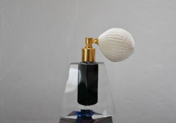 Vintage lucite Jane Art Evans perfume atomizer teal blue accent flower