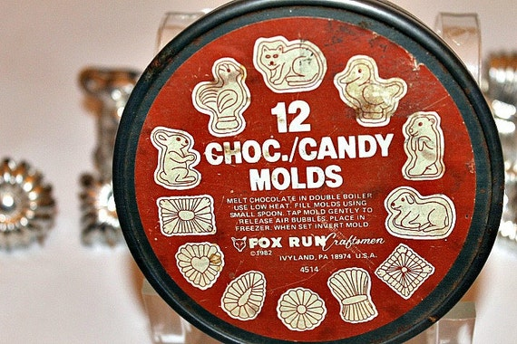 Vintage candy molds moulds Spring Easter in tin box
