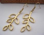 earrings---golden branch & golden ear hook