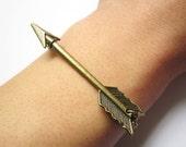 bracelet---antique bronze bow and arrow pendant&alloy chain