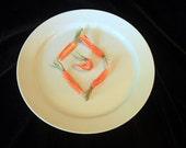 Six Carrot Diamond wall hanging plate