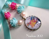 TURQUOISE  Vintage style Alice in Wonderland necklace - glass pearls, roses and czech firepolish beads