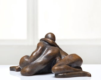 Sensual Touch - Man and Woman Sculpture