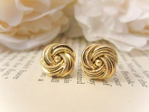 Gold spiral stud earrings,Vintage Button Earrings, Vintage earrings, gold studs,statement earrings spring jewelry